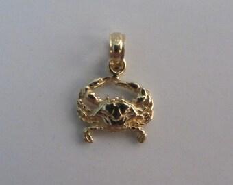 14k Gold Crab Charm/ Pendant .80g