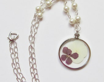 Pressed Flower Necklace, Real Flower Necklace, Beaded Flower Necklace, Pressed Flower Pendant, Real Flower Pendant, White Pearl Necklace
