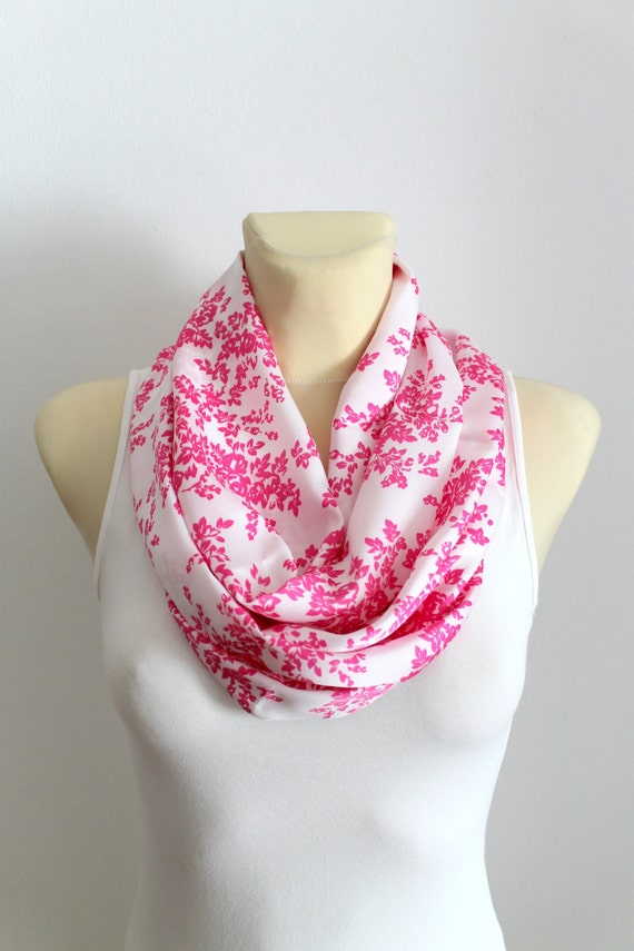 Infinity Scarf Boho Floral Shawl Printed Infinity Scarf Gift for Mom Grandmother Gifts Spring Celebrations Mothers Day from Husband Daughter