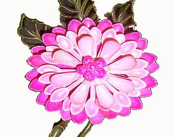 ON SALE WAS 15.00...Flower Power Brooch....No Shipping