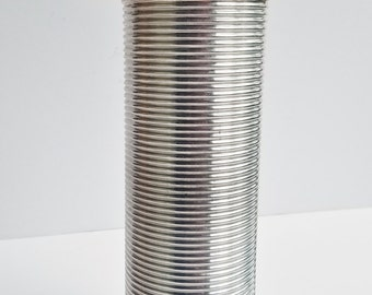 Silver Quart Sized Horizontal Ribbed Thermos with Interior Glass Red Lid/Cup and Extra Beige Cup