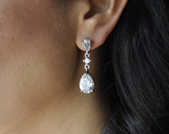 Silver bridal earring - sparkling crystal drop