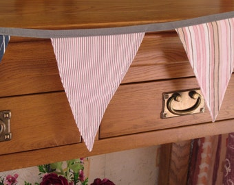 Smart Stunning STRIPED Bunting/Super Hero Manly Stuff/Greens Pinks Brown White/21 Flags/5 Feet Long.