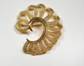 Vintage Monet Swirl Pin Brooch Gold Tone Swirl Statement Pin Brooch Monet Brooch Monet Pin Monet Jewelry Statement Brooch