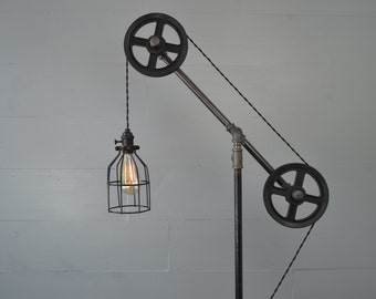 Floor lamp - Floor Light - Pulley Light - Industrial Furniture - Pipe Furniture - Pipe Lighting - Industrial Lamp - Industrial Chic