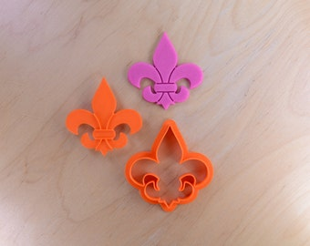 Small Fleur-de-Lis -  Cookie Cutter and Stamp Set