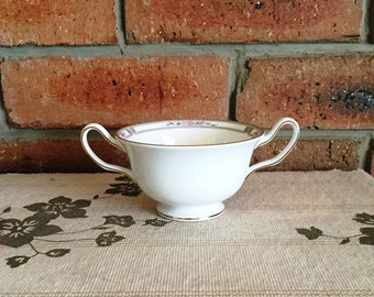 Wedgwood vintage 1970s twin handled sugar bowl white with deco style border