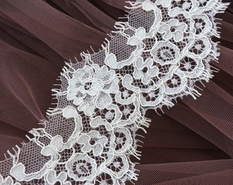 ivory lace trim, Alencon Lace Trimming, Spanish style