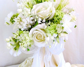 Silk Brides Bouquet, Rose Wedding Bouquet, White Rose and Apple Blossoms Bridal Bouquet, White and Lime Wedding Flowers, Wedding Bouquet