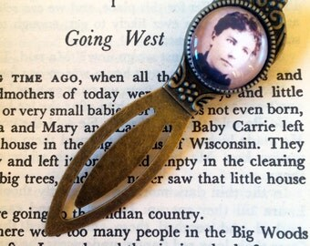 Laura Ingalls Wilder Bookmark - Vintage bookmark, Classic Children's Book Gift, Little House on the Prairie, Nostalgia Bookmark