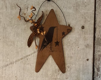 Primitive Country Crow on Star,Primitive Fall Decor,Primitive Crow and Star,Painted Crow,Country Crow Primitive Decor,Pip Berries,NutmegFall