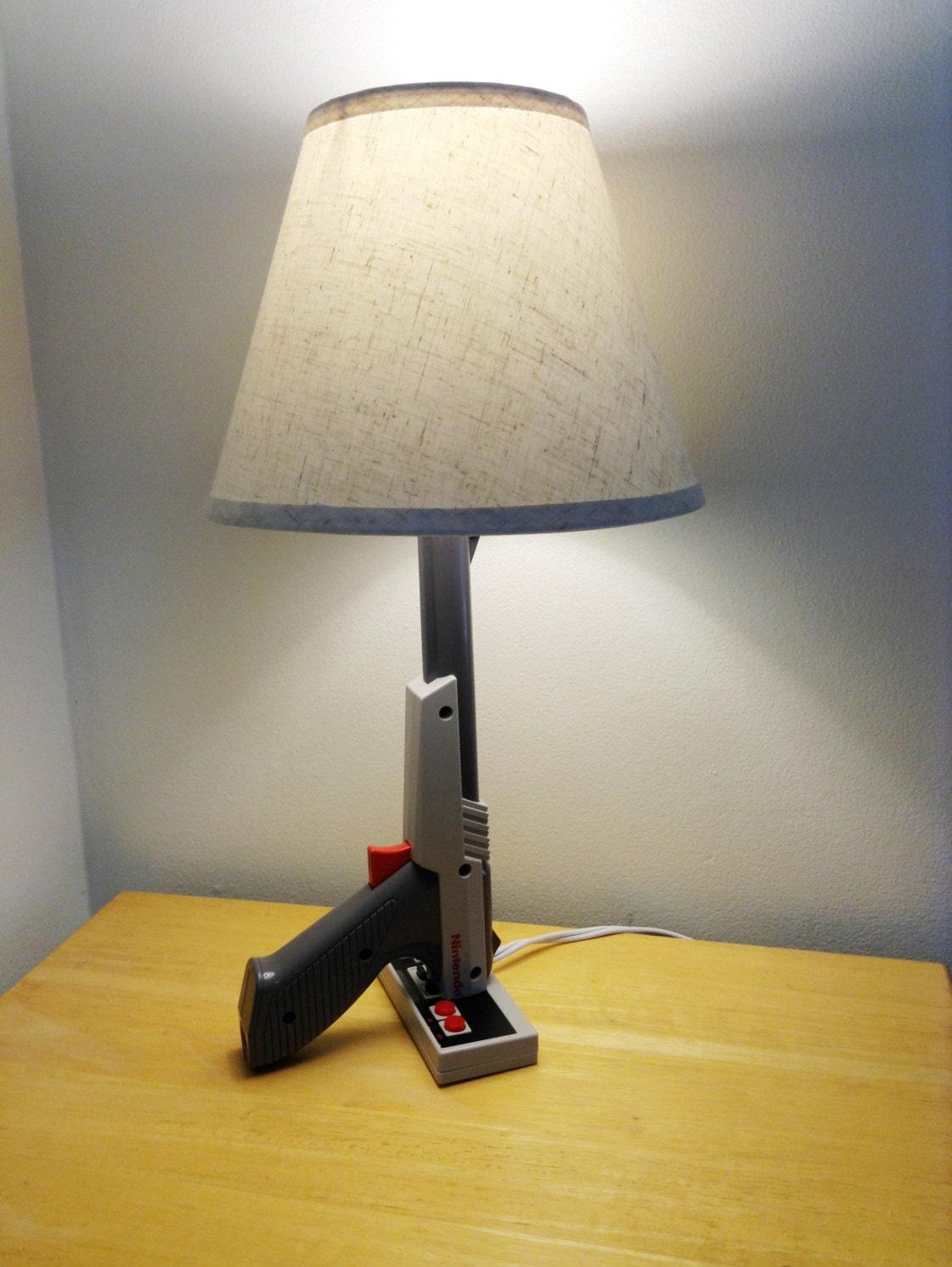 Nes nintendo zapper desk lamp light gun nintendo zapper gray zoom geotapseo Choice Image