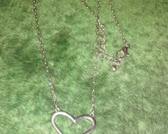 Elegant Silver Tone Heart Necklace