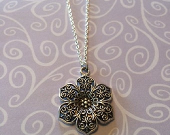 SALE - CLEARANCE - Silver Necklace - Silver Filigree Necklace - Silver Filigree Jewelry - Filigree Necklace - Silver Flower Necklace - Gift