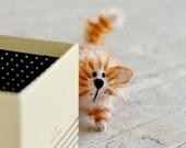 Gatto rosso gatti animali impagliati a mano giocattolo feltro kawaii gatto regalo amante dei gatti regalo gattino ooak peluche gatto sveglio arredamento casa kitty per le sue idee regalo