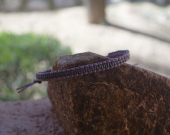 Two-toned Macrame, Square Knot Bracelet Purple/Gray