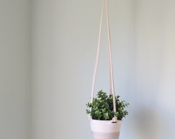 Hanging basket - Plants, Toys & More - Suits nursery, cafe, kitchen and more