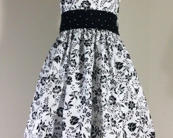 Black and White Dress Size 3 READY  to ship