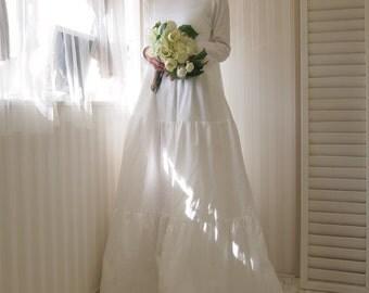 long sleeve wedding dress,wedding dress sleeves,white maxi dress,simple wedding dress,cotton wedding dress,cotton maxi dress