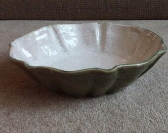 Moss/Cream Fluted Serving Bowl