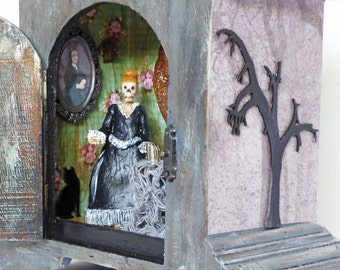 Gothic Shadow Box Art - Skeleton Diorama - Clock Case Shadowbox - Horror Folk Art - Miniature Roombox