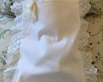 Antique baby edwardian christening/ portabambino/ porte-bébé/cushion 1920 White piqué Satin ribbon  Impeccable For  christening ,dolls, home