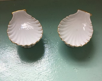 Shell Soap Dishes / Standing Soap Dish