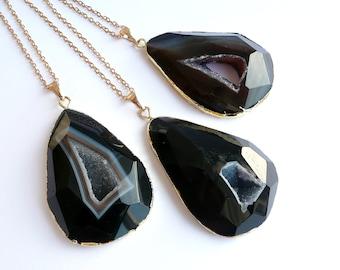Geode Druzy Necklace, Black Agate Necklace, Agate Slice Necklace, Boho Necklace, Gold Necklace for Women