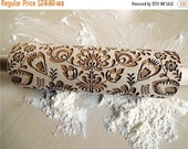 ON SALE Folk Embossing Rolling Pin. FOLK pattern. Engraved rolling pin with flowers for embossed cookies or pasta. Useful in pottery