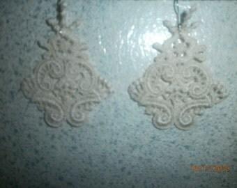 macrame lace earrings