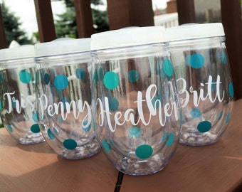 Girls Weekend Cup // Personalized Wine Glasses // Wine Tumbler // Bridal Party Cups // Bridesmaids // Wine Glass // Bev2Go // Gift for her