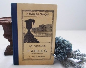 """Old French Book """"La Fontaine -  Fables"""" Illustrated School Book Edited PARIS"""