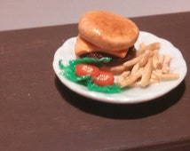 Playscale cheeseburger dinner barbie Blythe ball jointed doll diorama