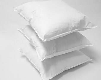 18 x 18 Poly/Cotton Pillow Inserts Pillow Forms for Pillow Covers