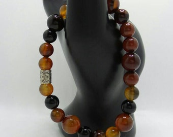 Carnelian beaded stretch bracelet.