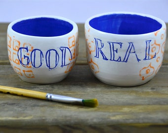 Couple decorated ceramic bowls