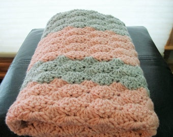 Pink & Grey Shell Baby Blanket