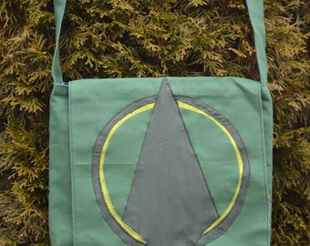 Green Arrow Messenger Bag (Reversible)