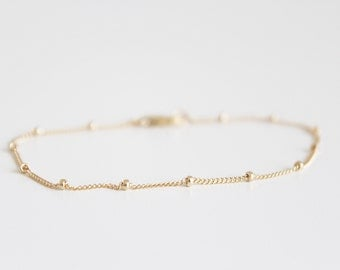 Simple Delicate Gold Bracelet 14k Gold Filled / Dainty Chain Bracelet Custom Made / Everyday Bracelet, Thin Gold Chain / Layering Bracelet