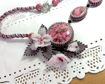 Pink & Gray floral necklace, dainty flower necklace