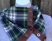 Green and Navy Plaid Snap Scarf