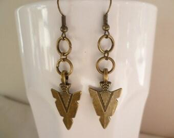 Arrowhead earrings,tribal jewelry,arrow earrings,tribal earrings,gift,handmade,bronze,dangle and drop, dropper earrings,arrowhead charm