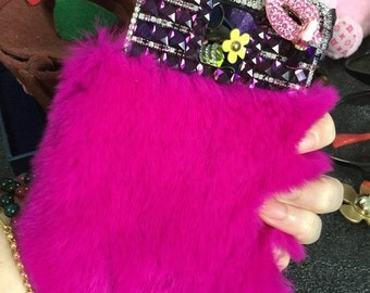 Bling  Luxury Soft Fluffy Fur Furry Pink Lips Purple Gems Lovely Jewelled Crystals Rhinestones Diamonds Gem Hard Cover Case for Mobile Phone