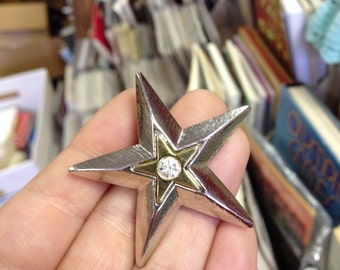 Vintage Unsigned Star Brooch