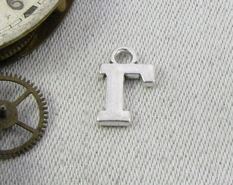 Silver Greek Letter Gamma Charm 1 or 5 letters per package  ALF009g