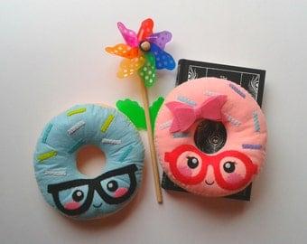 Hipster Donut Cushion Pattern