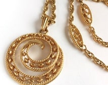 Awesome c1950 Crown Trifari Necklace