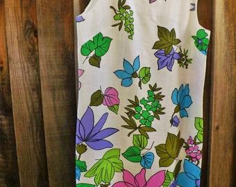 Vintage 1970s Dress - Vintage Day Dress - Vintage 1970s Spring Summer Dress - Vintage Multi Colored dress- Vintage Sleeveless Dress