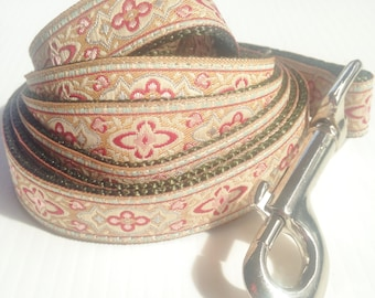 Pretty Vintage Inspired Dog Leash For Petite Dogs.