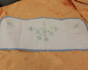 Tatted Embroidery Table Scarf  Vintage 1940's Handmade Dollie Table Runners Decor Linens